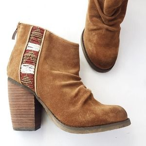 Sbicca Suede Scrunched Bead Boho Ankle Boot 6